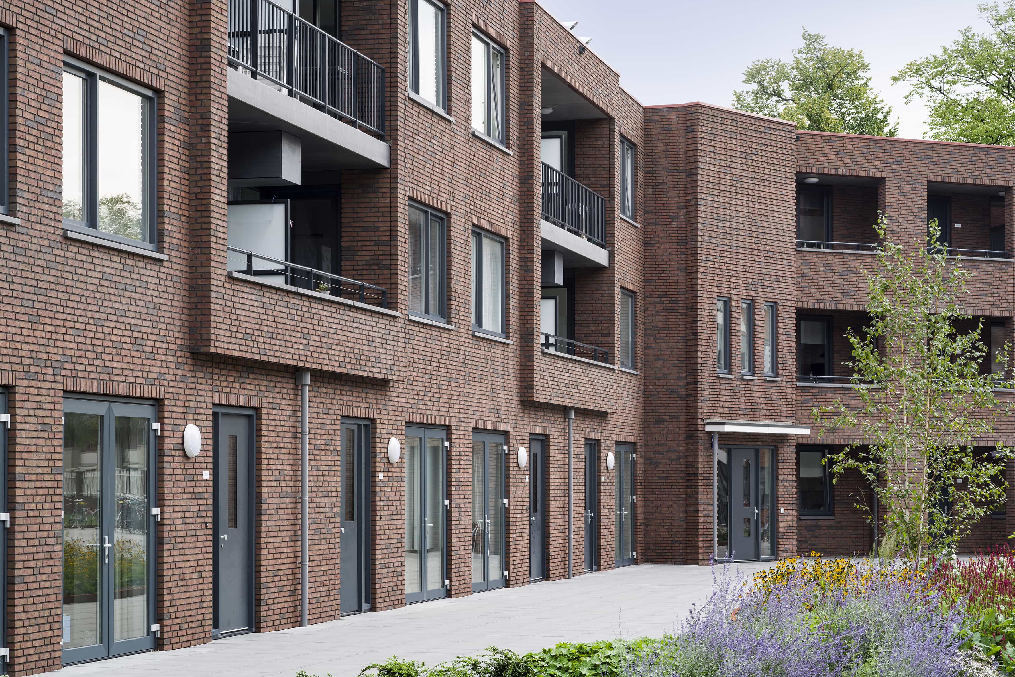 woningen en appartementen aan plein De Genestetlaan